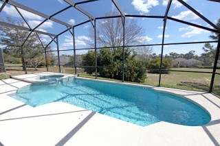 We give you Best Rescreening for Your Pool in Florida